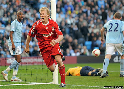 Dirk Kuyt celebrates scoring Liverpool's winner