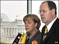 Angela Merkel y Peer Steinbrück el 5 de octubre