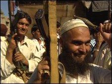 Anti-Taleban villagers