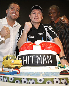 Hatton (centre), Lee Beard and Floyd Mayweather