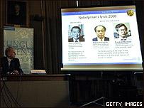Presentaci�n en Estocolmo del Premio Nobel de F�sica 2008