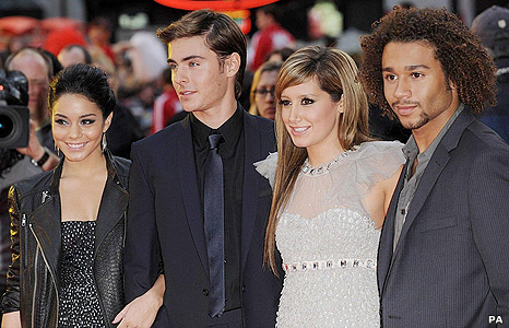 Vanessa Hudgens, Zac Efron, Ashley Tisdale and Corbin Bleu