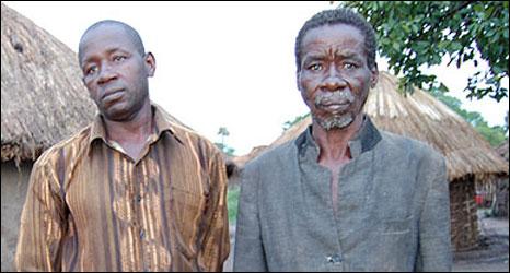 Livingstone Chinyenya (r)