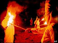 Manifestaci�n del Ku Klux Klan