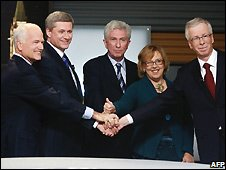 The party leaders, from left to right: Jack Layton, Stephen Harper, Gilles Duceppe, Elizabeth May and Stephane Dion before the French-language debate - 1/10/2008