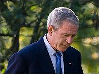 بوش: الأزمة المالية العالمية أزمة ثقة نادي خبراء المال