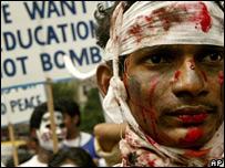 Una manifestaci�n contra bombas nucleares en India
