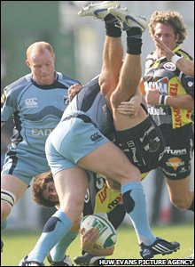 Tom Shanklin makes a powerful tackle