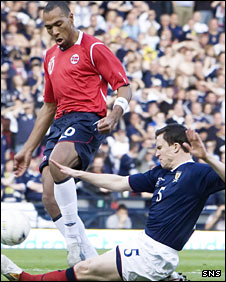 John Carew is thwarted by Gary Caldwell