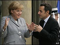 المستشارة الألمانية والرئيس الفرنسي