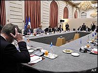 Reuni�n de los l�deres de la eurozona en Par�s