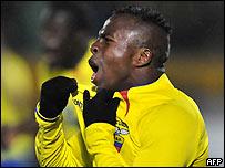 Un gol de Benítez le dio tres puntos a Ecuador