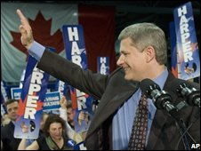 Canada's Conservative PM Stephen Harper (right) campaigns for the 14 October election