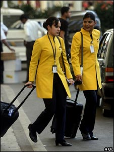 Jet Airways crew leave the domestic airport in Mumbai on October 15, 2008.