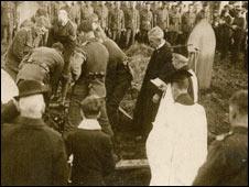 Herbert Taylor's burial