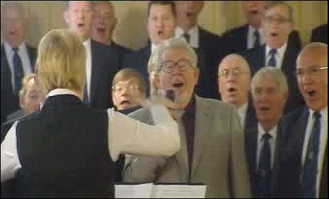 Rolf Harris and the Fron choir