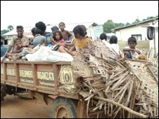 People fleeing Kilinochchi town