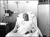 El Papa hospitalizado despu�s de un atentado