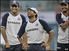 Indian cricketer Sachin Tendulkar with teammates (file image)