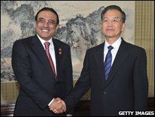 Pakistani President Asif Ali Zardari (L) and Chinese Premier Wen Jiabao (R), 16/10/08