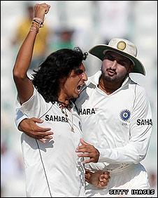 Ishant Sharma and Harbhajan Singh celebrate the demise of RIcky Ponting
