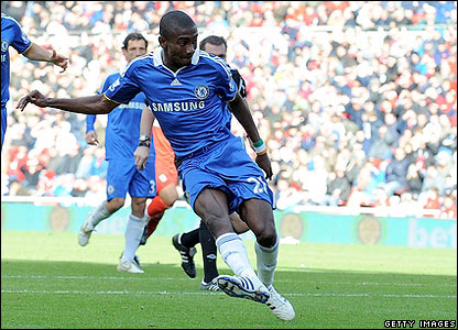 Kalou scores his second and Chelsea's third