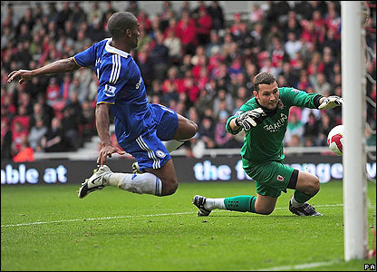 Chelsea wrap up the convincing win as Malouda