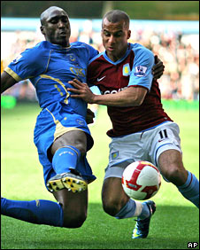 Sol Campbell and Gabriel Agbonlahor