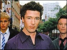 Aidan Gillen (centre) with Queer As Folk co-stars