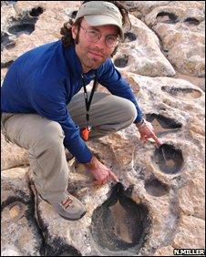 Footprints (N.Miller)