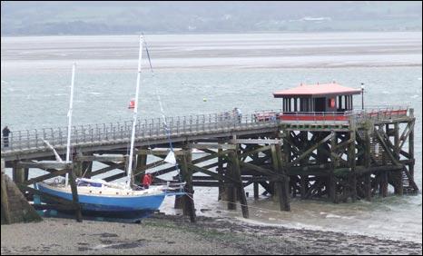 Boat under the pier (picture: Derek Lumb)