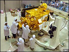 Chandrayaan 1 in the clean room (ISRO)