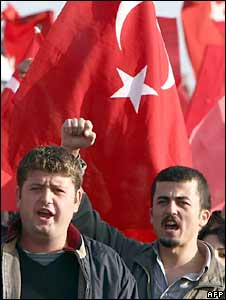Ergenekon supporters rally in Istanbul. Photo: 20 October 2008