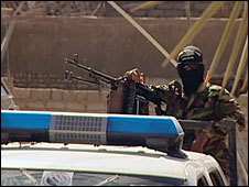 Iraqi police on joint patrol, pic credit: Nick Woolley