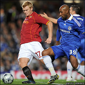 Riise holds off Anelka