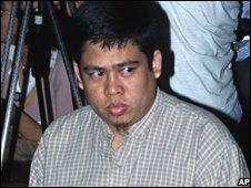 Jhoni Hendrawan, alias Idris, attends court in Jakarta, Indonesia (25/07/2008)