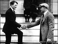 Freddie Welsh (left) and Jack Dempsey