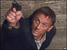 Daniel Craig as James Bond 007 in Quantum of Solace.