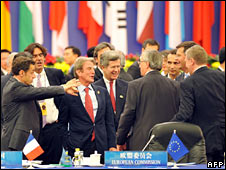 European and Asian leaders at Asem summit in Beijing, 25 October 2008