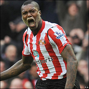 Cisse celebrates making it 1-0