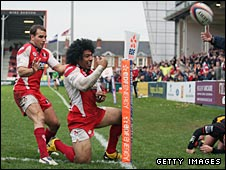 Lesley Vainikolo celebrates after scoring for Gloucester on Saturday
