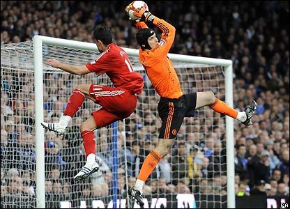 Cech claims a cross