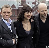 Daniel Craig, Olga Kurylenko and Marc Forster