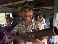Rebels of the Free Aceh Movement with weapons in 1999