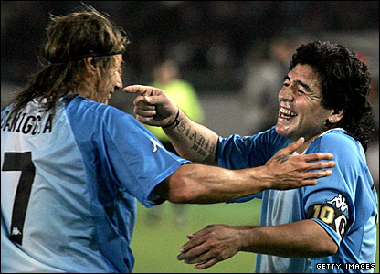 Diego Maradona (right) and Claudio Caniggia