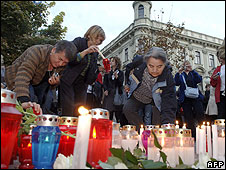 Zagreb protest with candles after murder of Ivana Hodak, 7 Oct 08