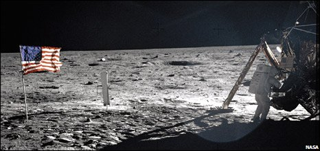 Neil Armstrong on the Moon during Apollo 11 mission (Nasa)