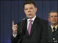 Juan Manuel Santos, ministro de Defensa