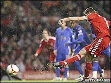 Liverpool keeper Steven Gerrard earns his side a 1-0 win over Portsmouth with a penalty