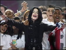 Michael Jackson at the World Music Awards at Earls Court in London in 2006